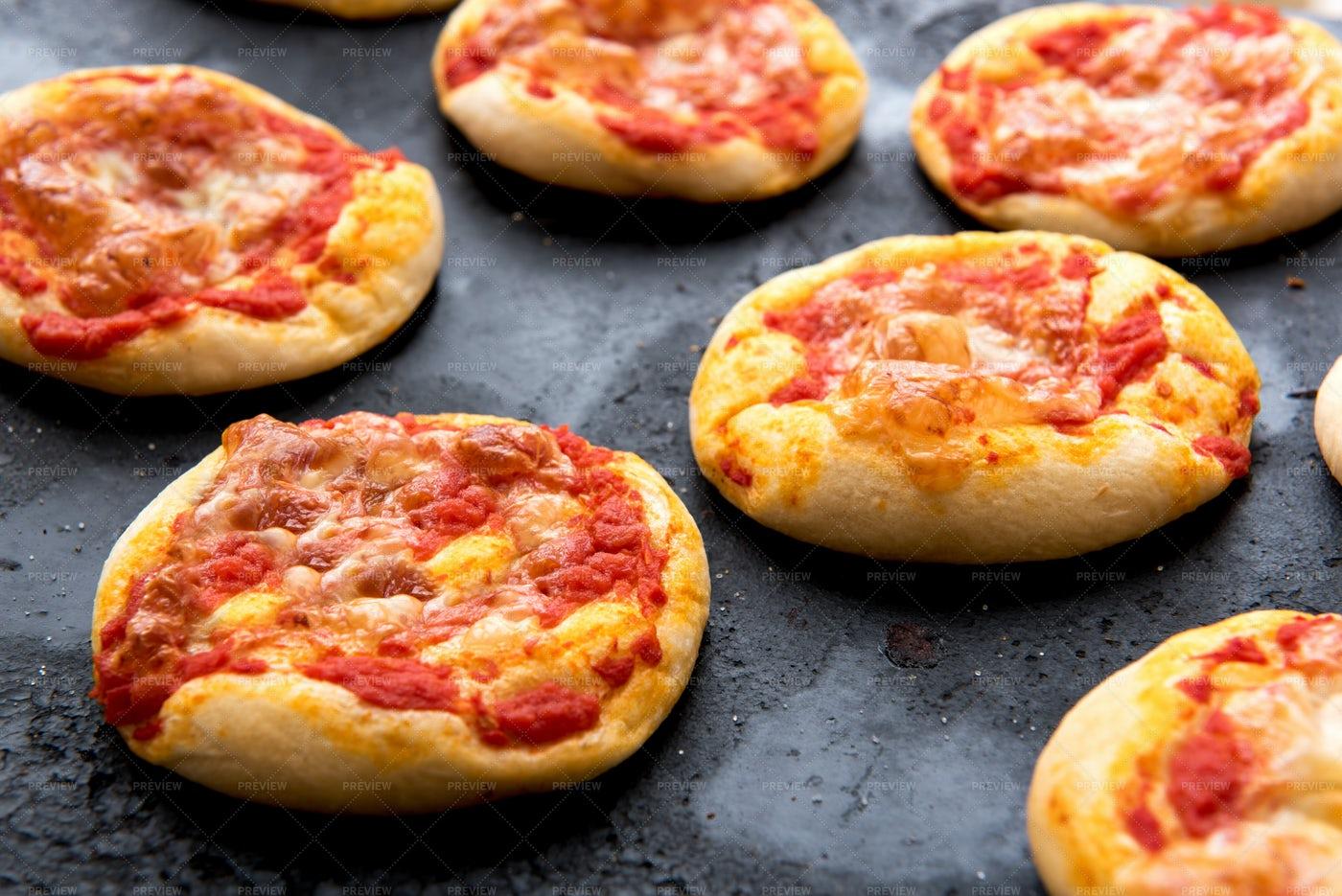 Cheesy Pizza Buns: Stock Photos