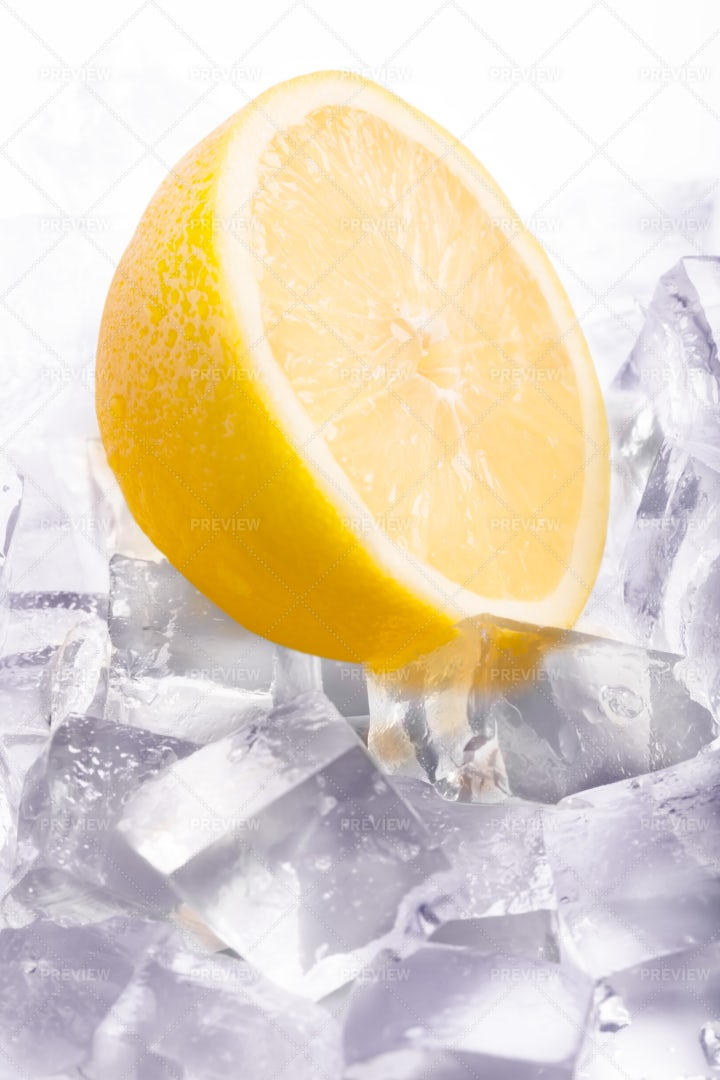 Lemon And Ice: Stock Photos