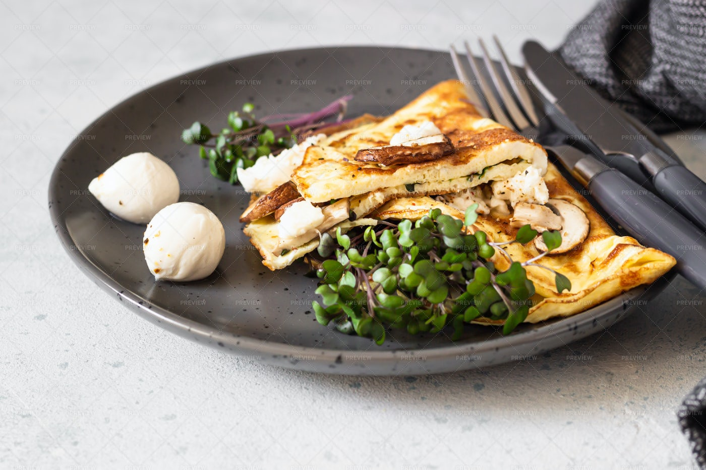 Egg Omelette With Mushroom: Stock Photos
