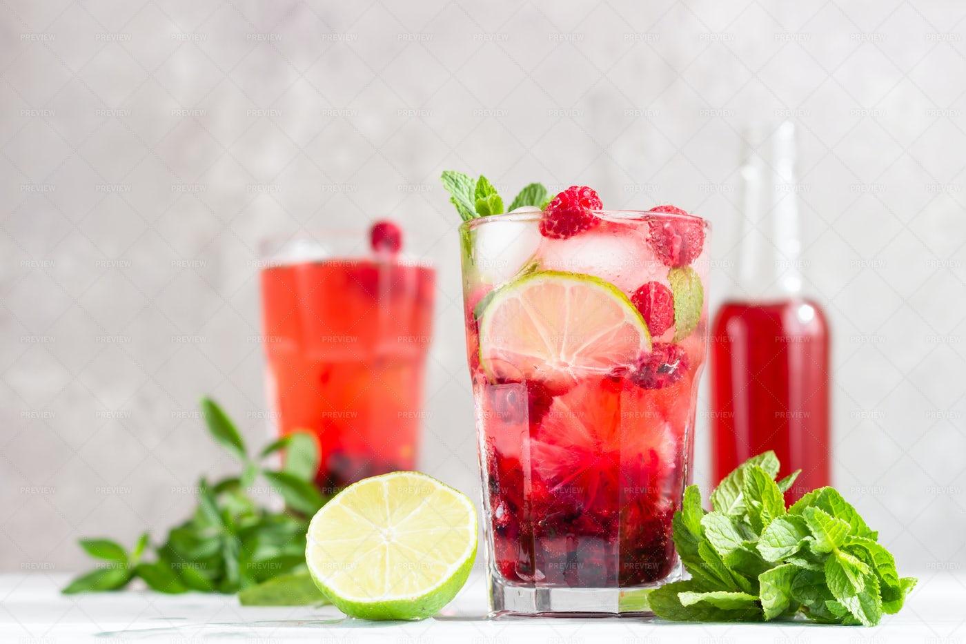 Pink Cocktail: Stock Photos