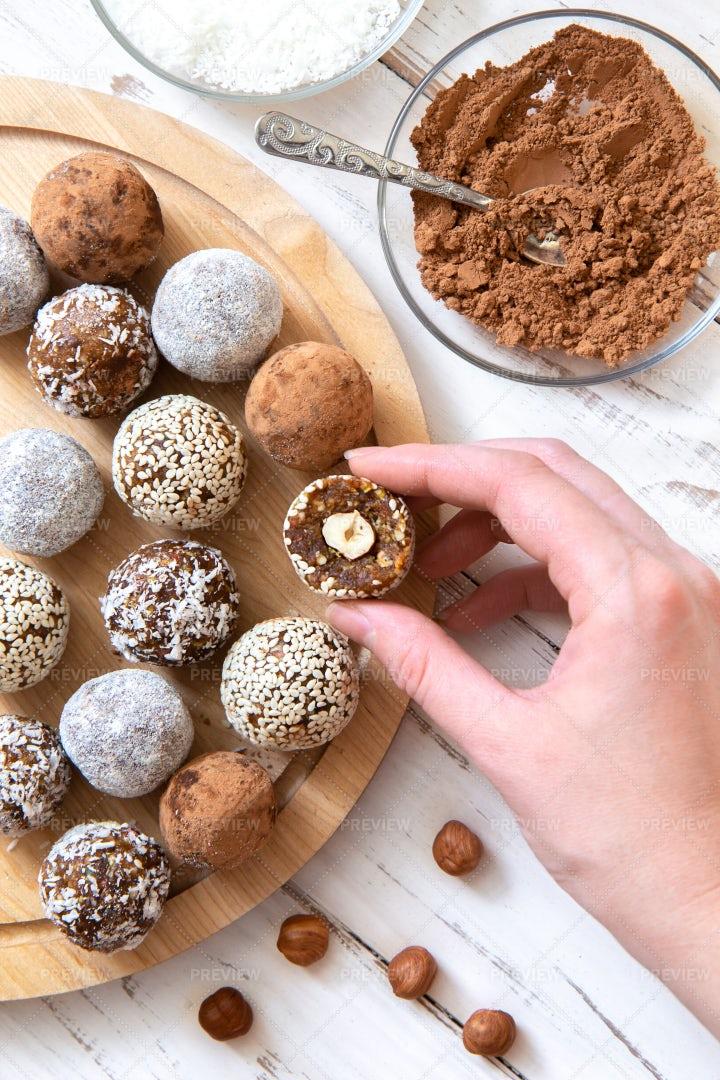 Coconut Snack Balls: Stock Photos