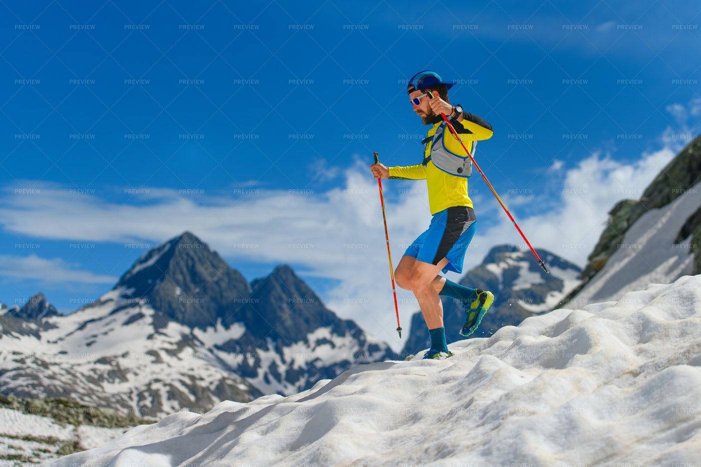Skyrunning At High Altitude: Stock Photos