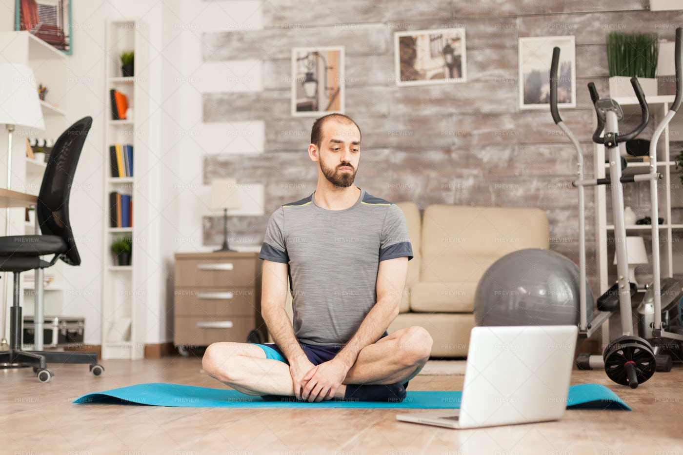 Online Yoga Class: Stock Photos