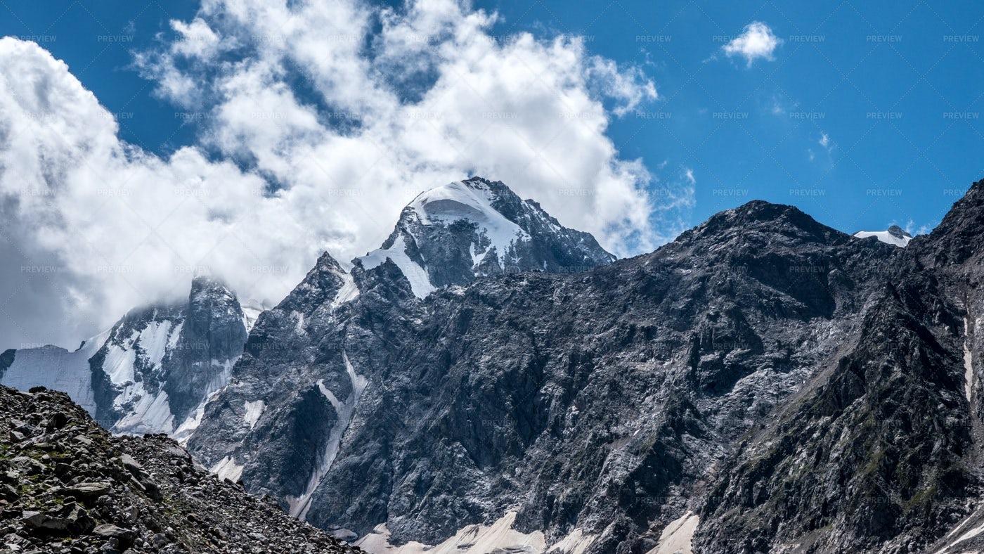 Peaks Of Mountains: Stock Photos