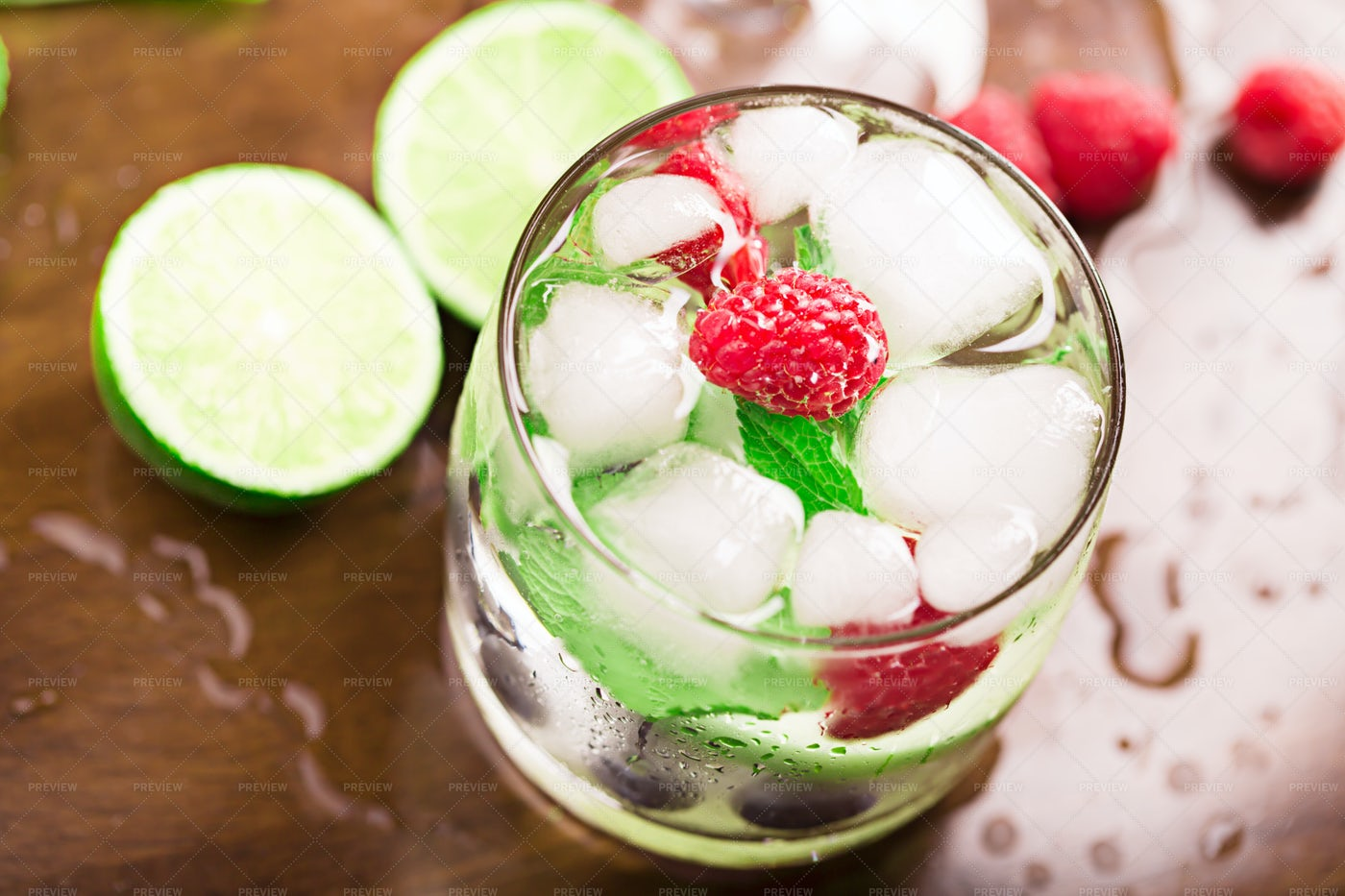 Fresh Cocktail With Ice: Stock Photos
