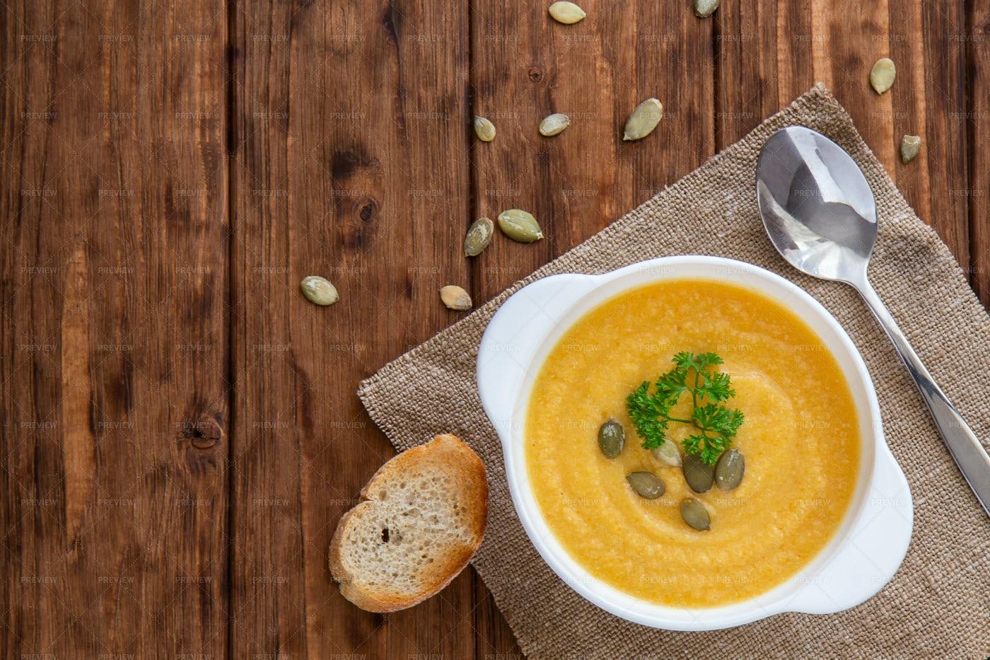 Pumpkin Soup And Bread: Stock Photos