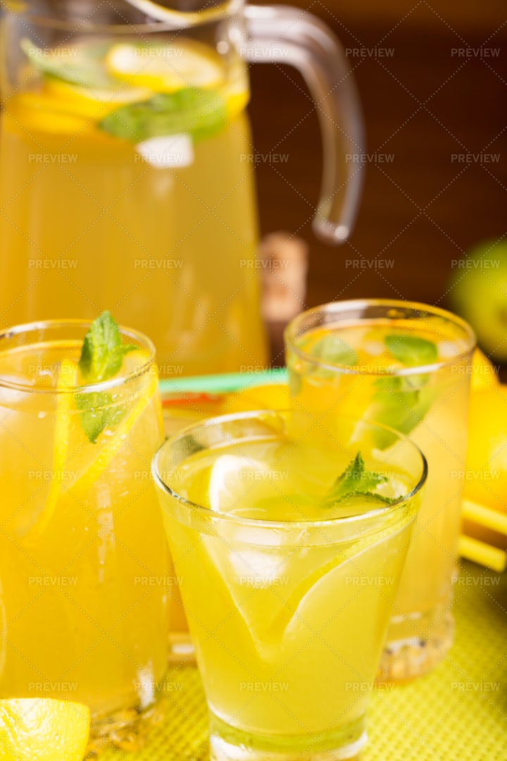 Prepared Homemade Lemonade: Stock Photos