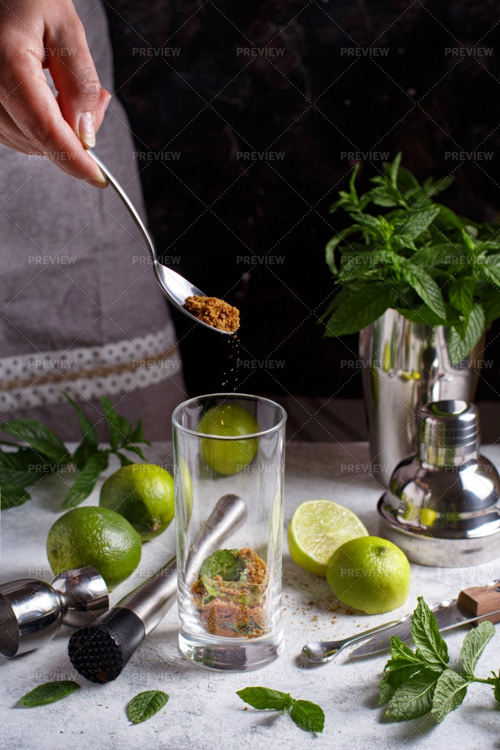 Serving Sugar In Cocktail: Stock Photos