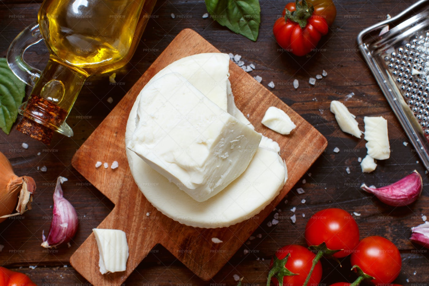 Cacioricotta Cheese And Vegetables: Stock Photos