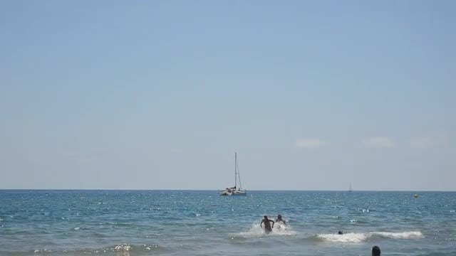 Waterwar At The Beach: Stock Video