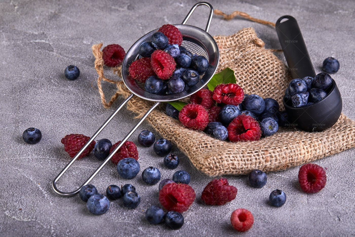 Washed Blueberries And Raspberries: Stock Photos