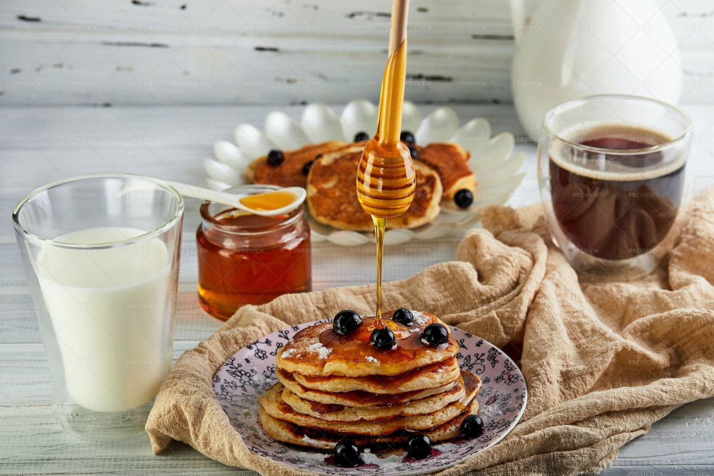 Honey For The Pancakes: Stock Photos