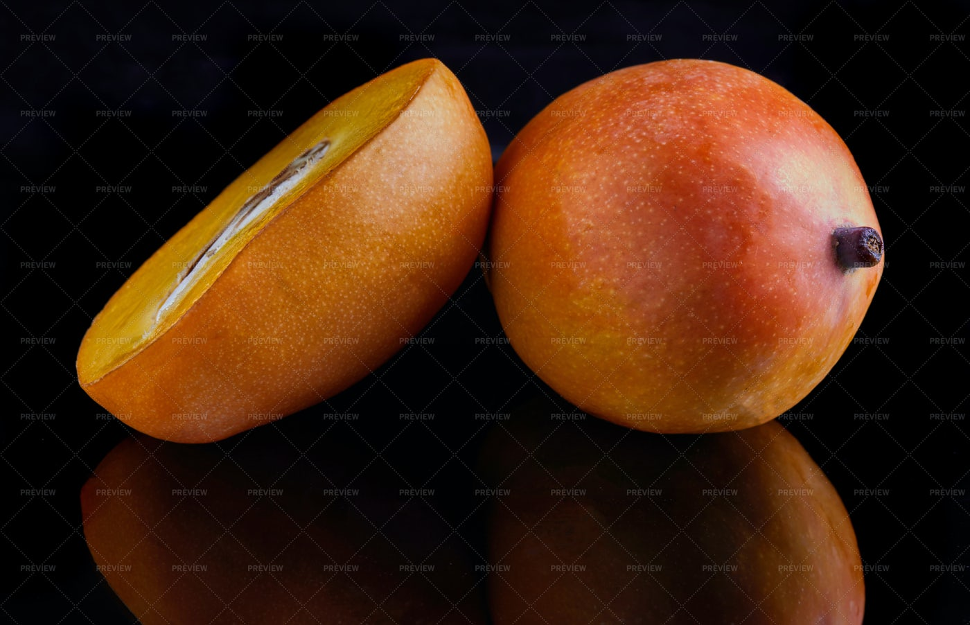 Mango: Stock Photos