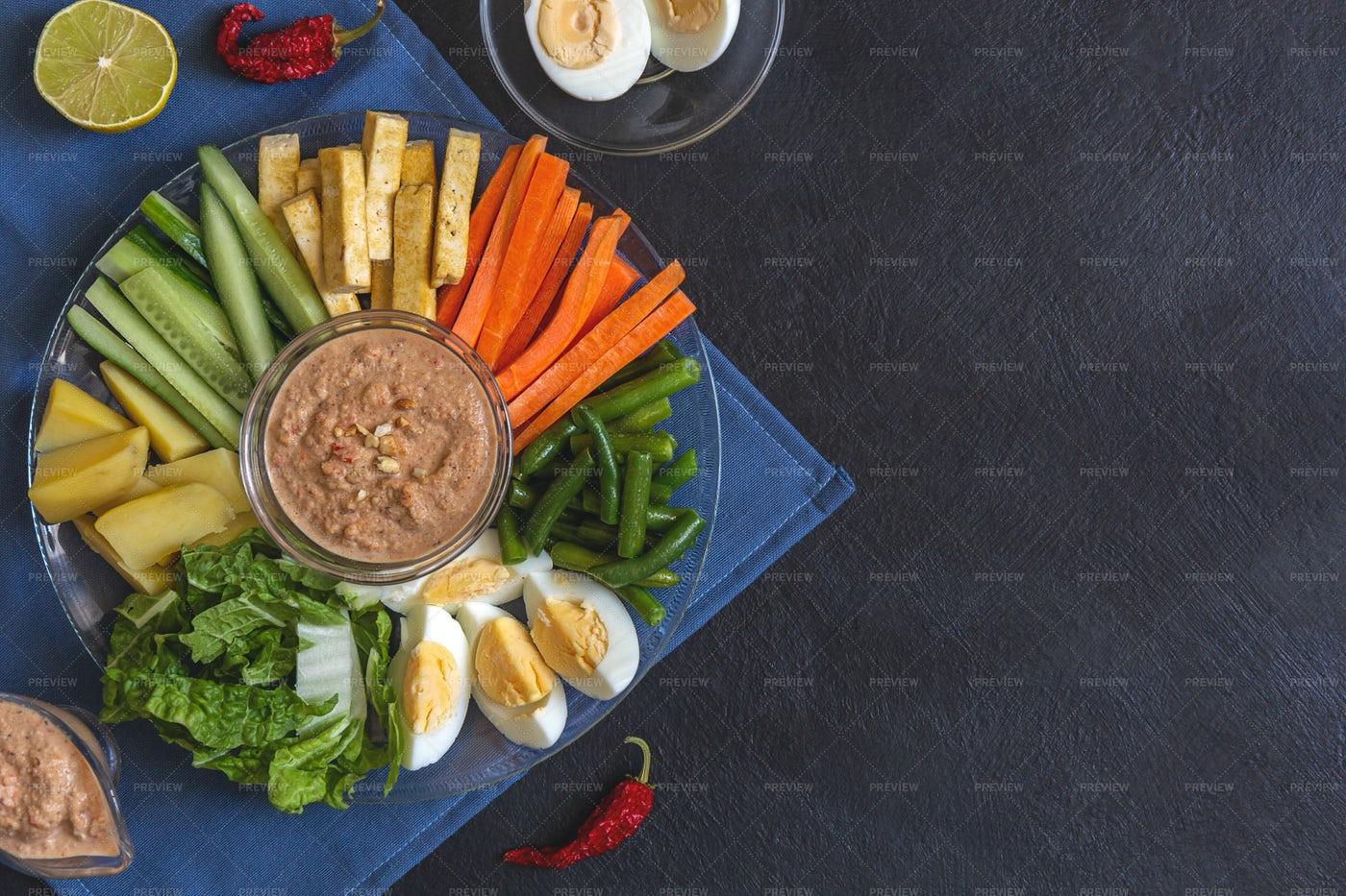 Indonesian Salad: Stock Photos