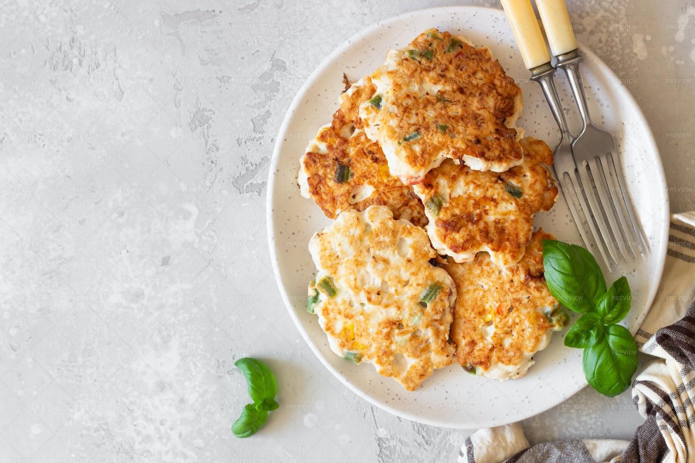 Juicy Chicken Cutlets: Stock Photos