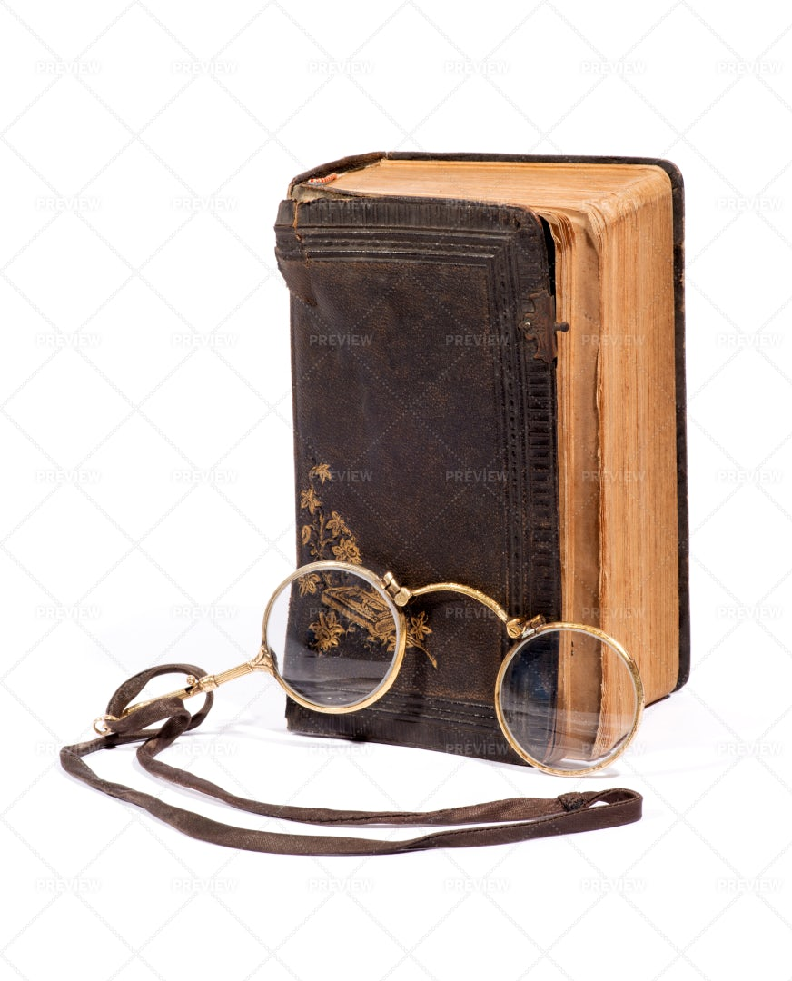 Vintage Pince-nez Glasses With A Book: Stock Photos