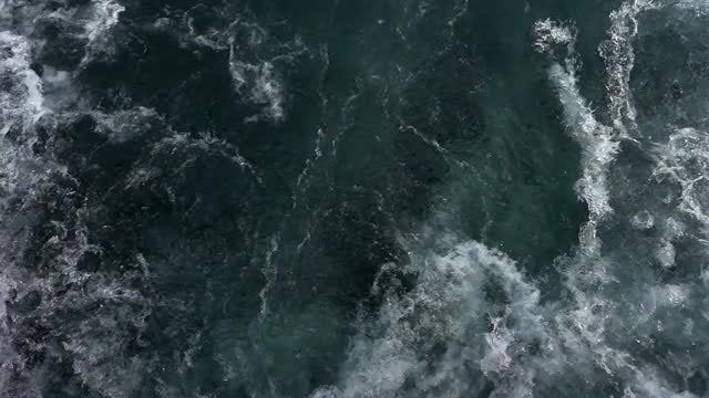 Sea Water Waves 4: Stock Video