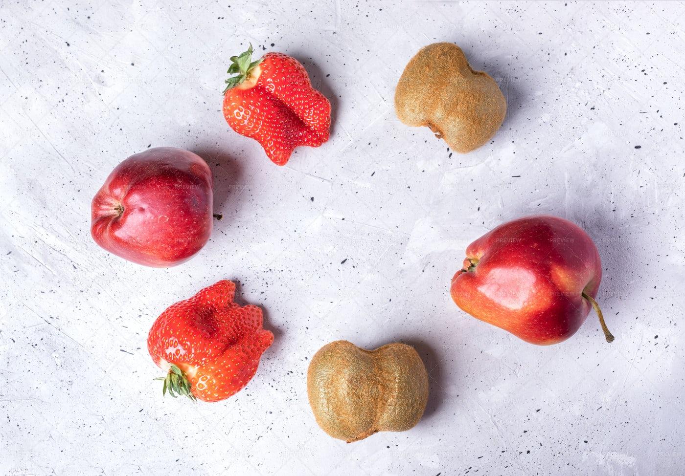 Ugly Fruits: Stock Photos