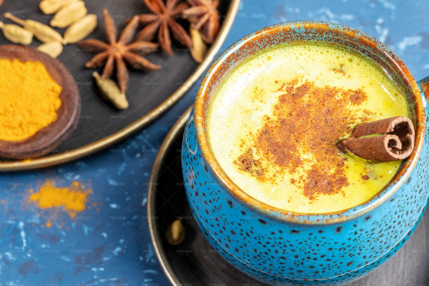 Traditional Turmeric Latte: Stock Photos
