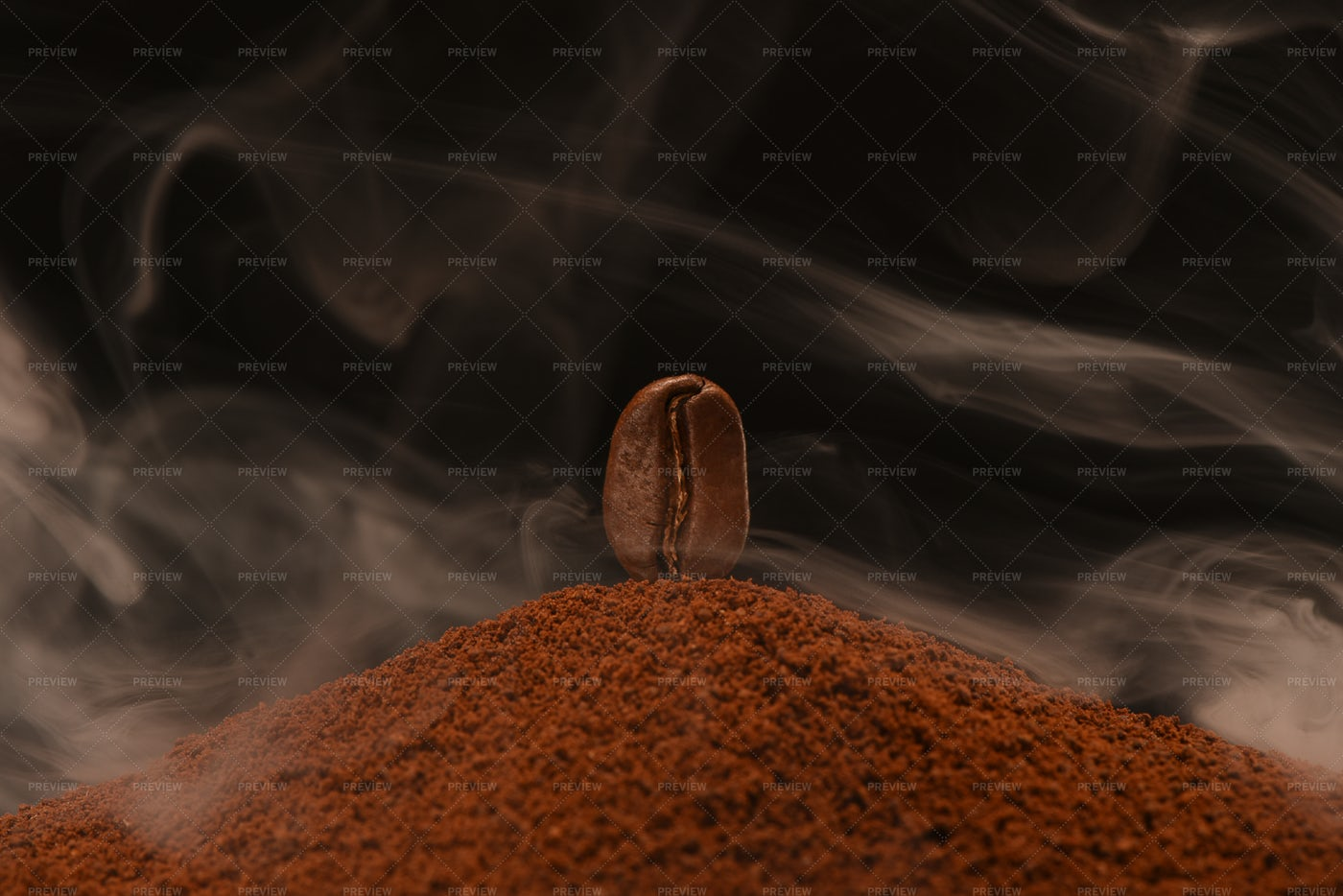 Roasted Coffee Bean: Stock Photos