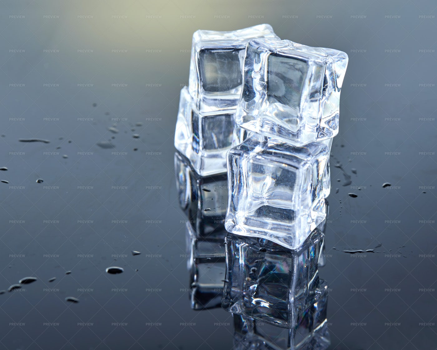 Small Ice Cube Towers: Stock Photos