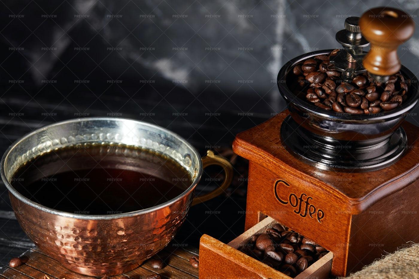 Vintage Coffee Grinder: Stock Photos
