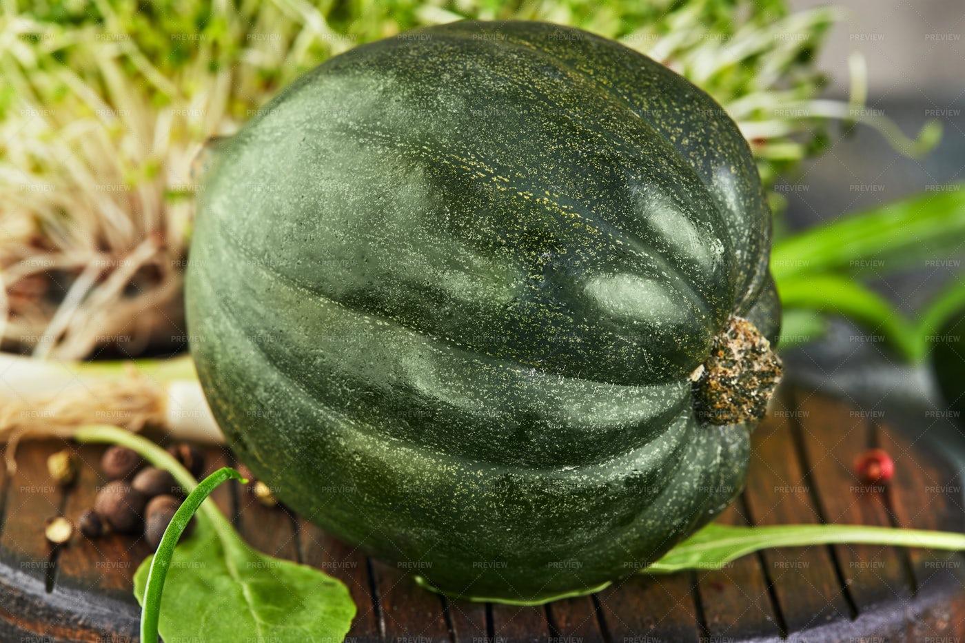 Green Kabocha Squash: Stock Photos