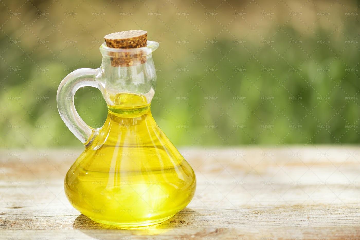 Vegetable Oil: Stock Photos