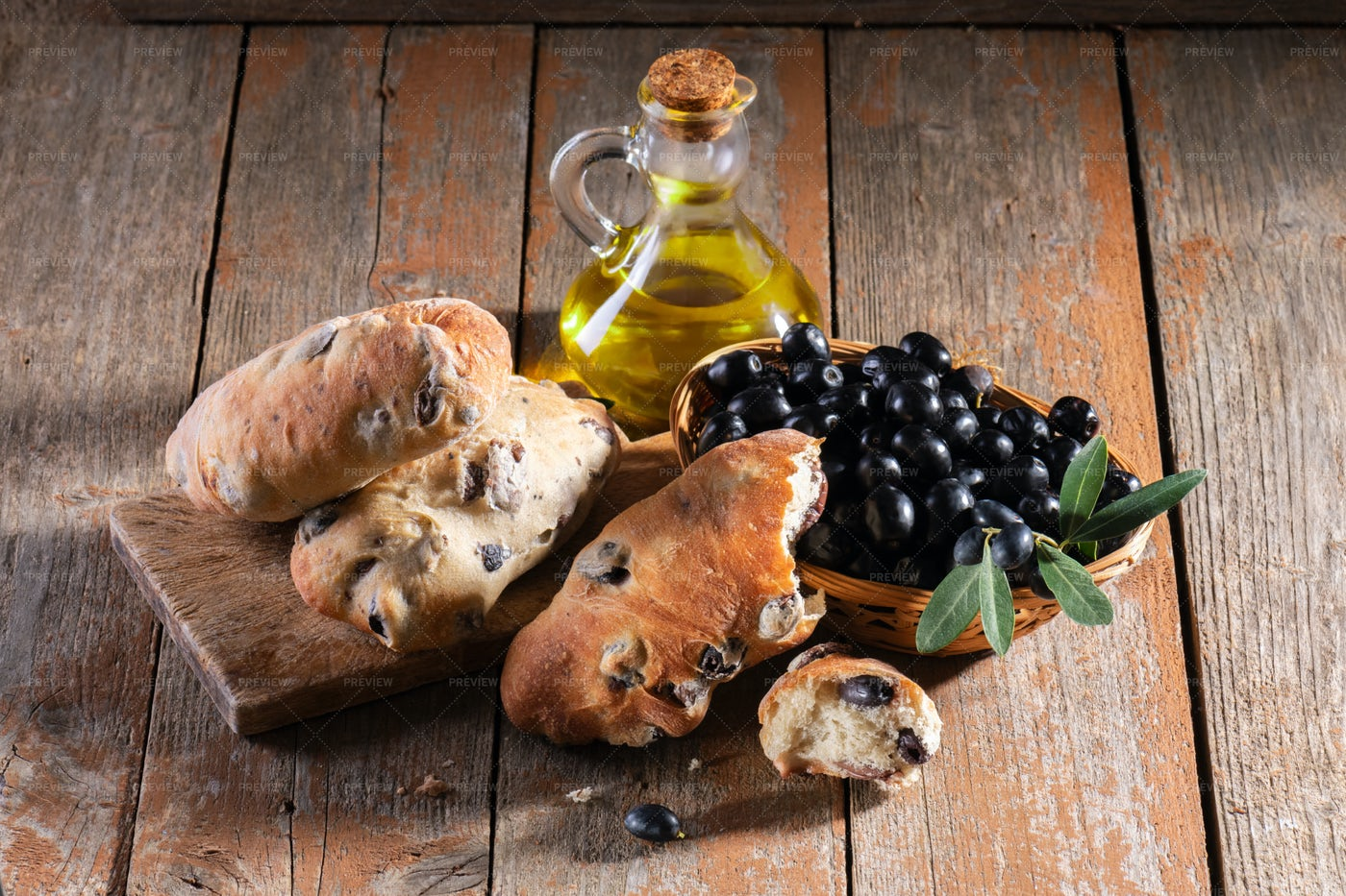 Bread With Black Olives: Stock Photos