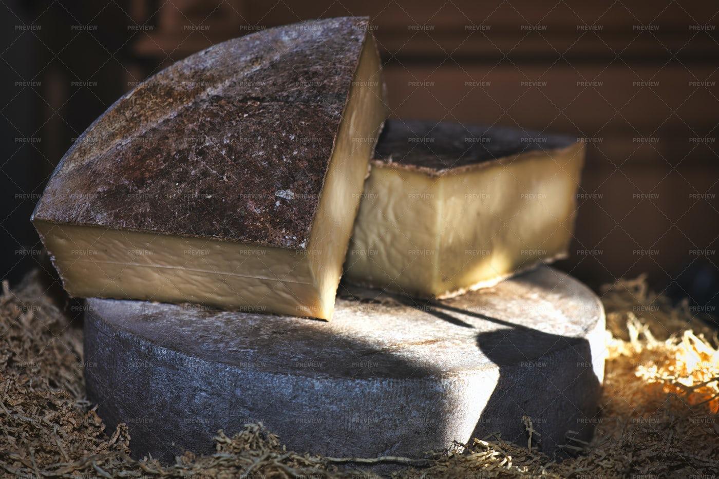 Handmade Rural Cheese: Stock Photos