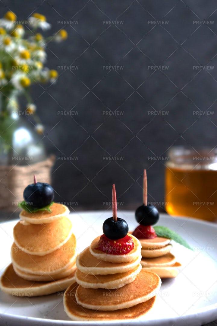 Pancake Skewers: Stock Photos