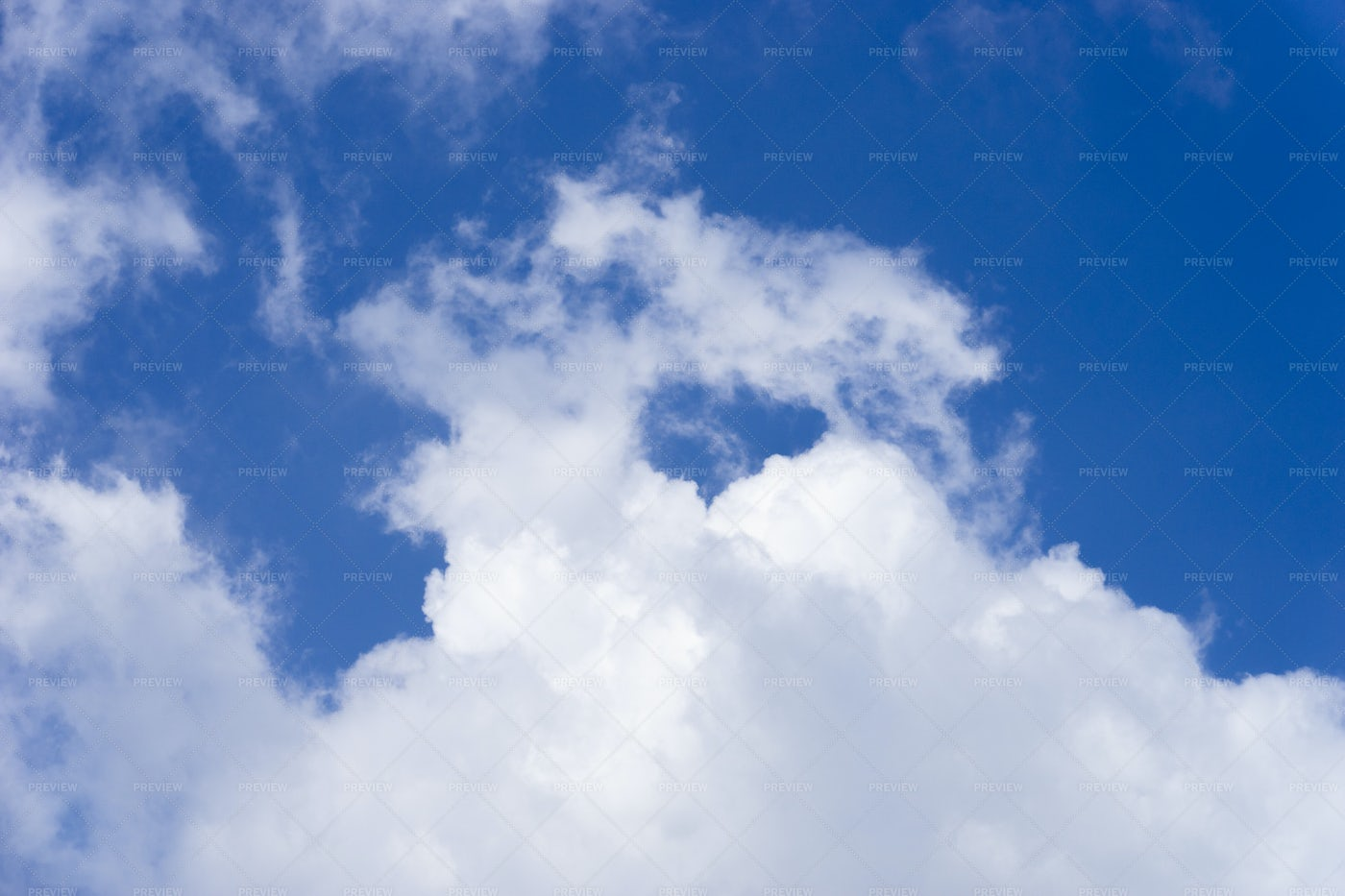 A Wispy Cloud: Stock Photos