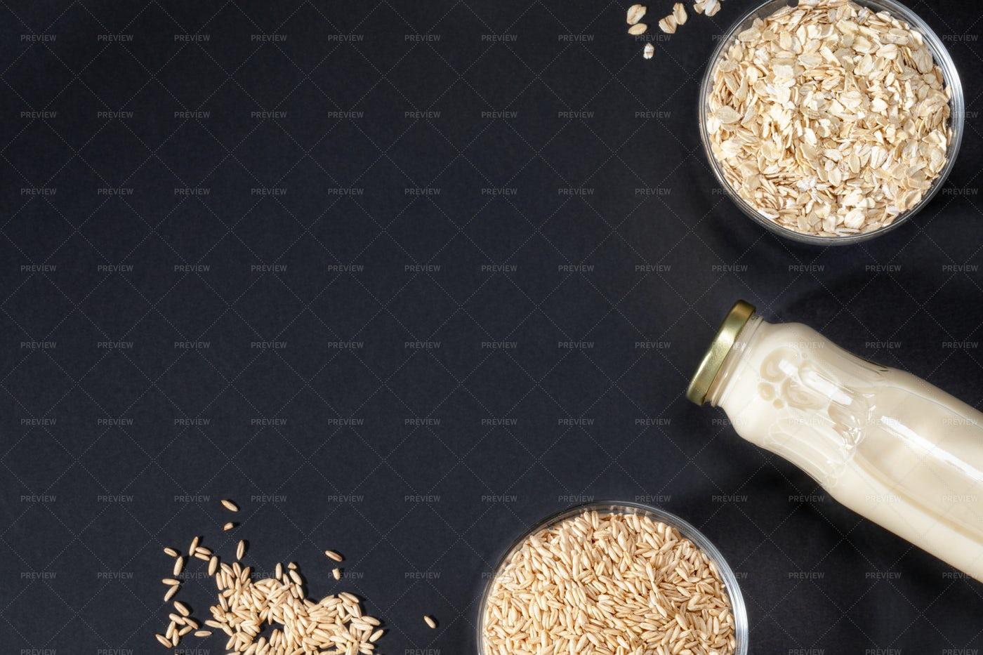 Flakes And Milk: Stock Photos