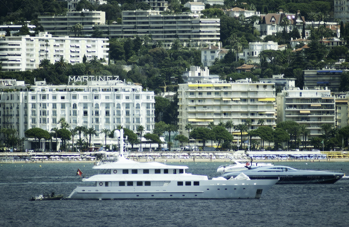 Port Of Cannes: Stock Photos