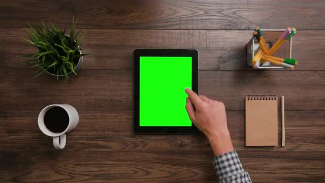 IPad Green Screen Vertical Scroll: Stock Video