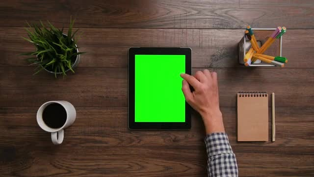 iPad Green Screen Scrolling Down: Stock Video
