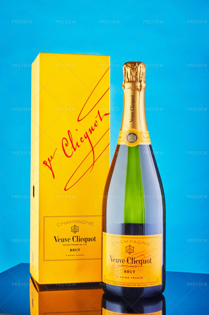 Veuve Clicquot French Champagne: Stock Photos