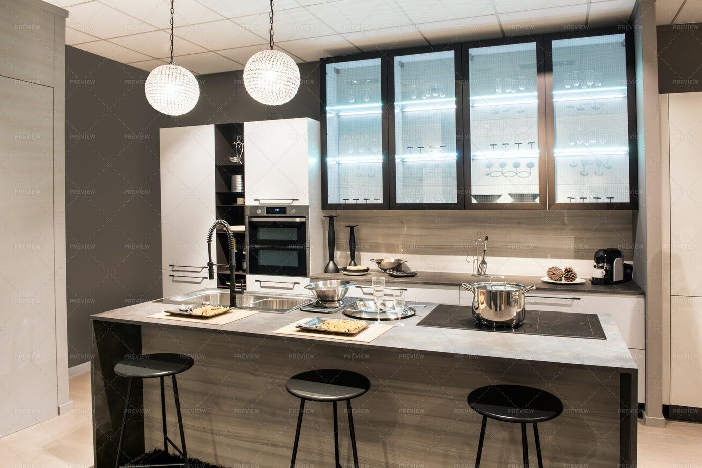 Modern Kitchen: Stock Photos
