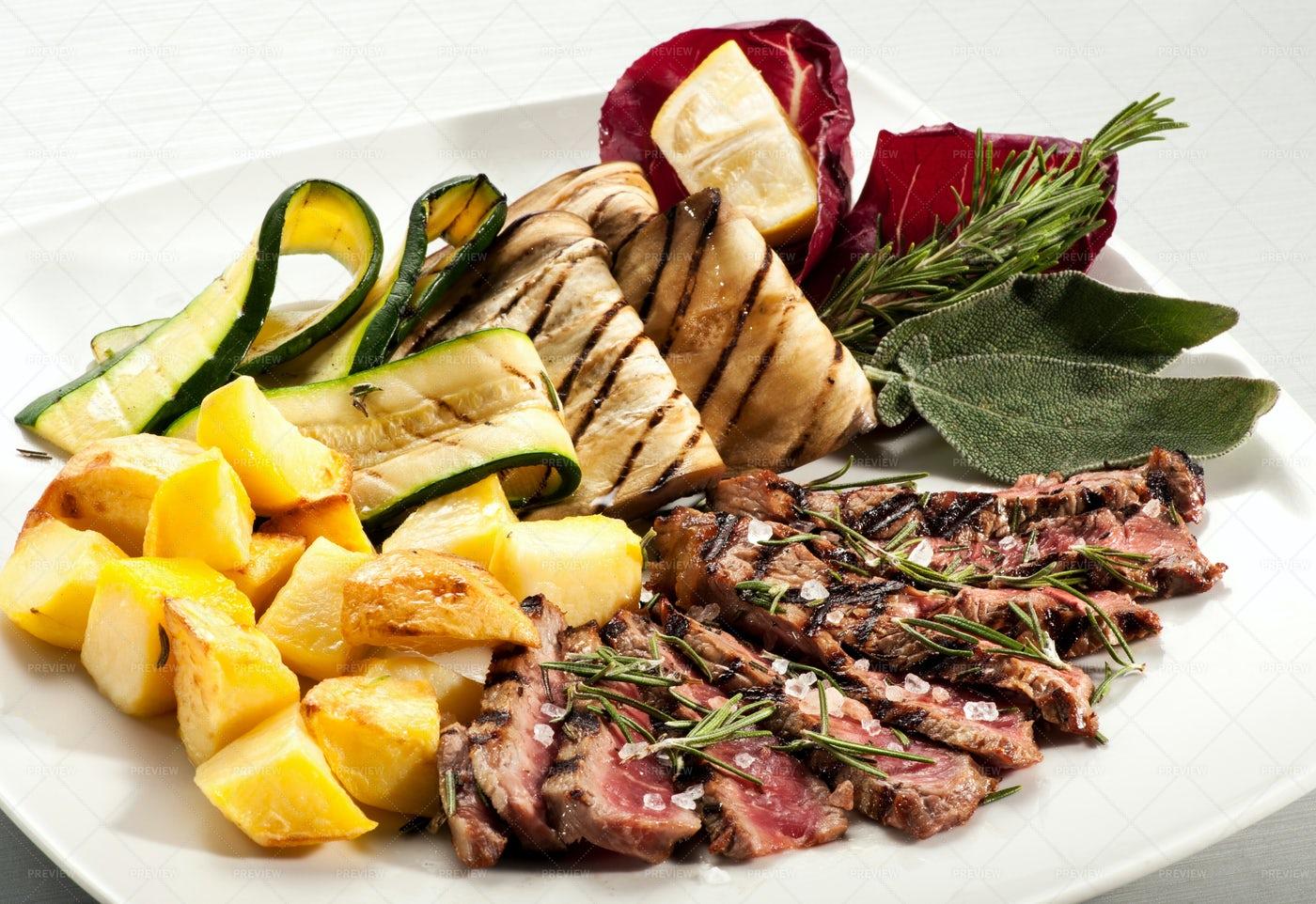 Steak Slices With Potatoes: Stock Photos