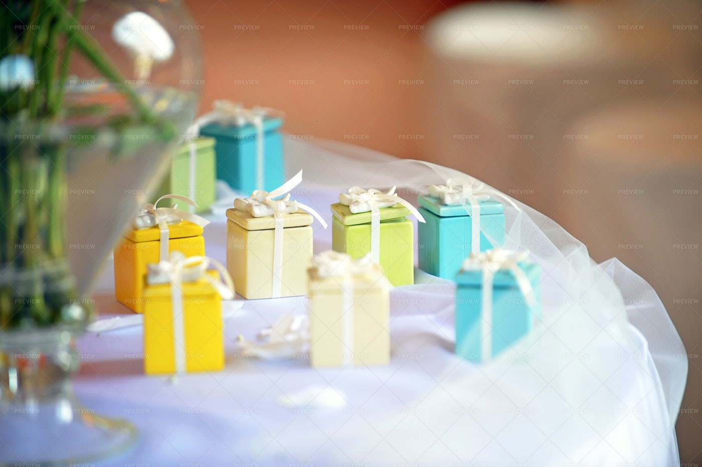 Mini Gift Boxes: Stock Photos