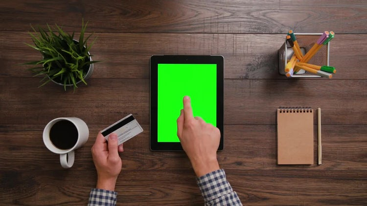 Online Shopping with iPad: Stock Video
