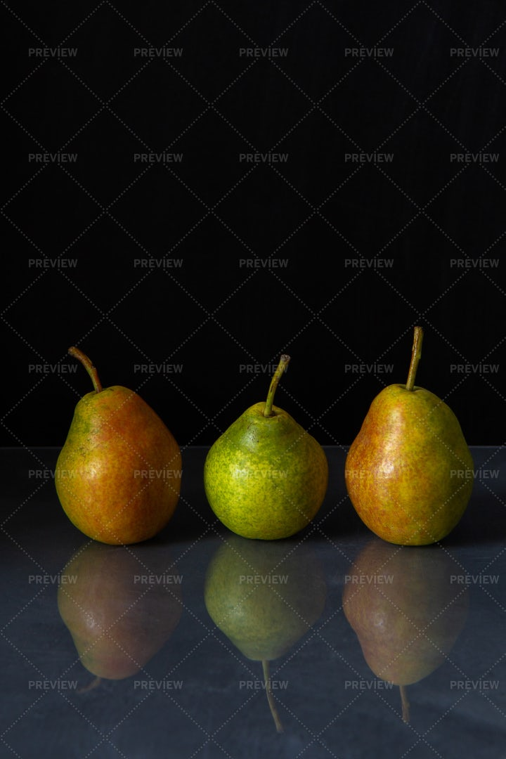 Three Ripe Pears: Stock Photos