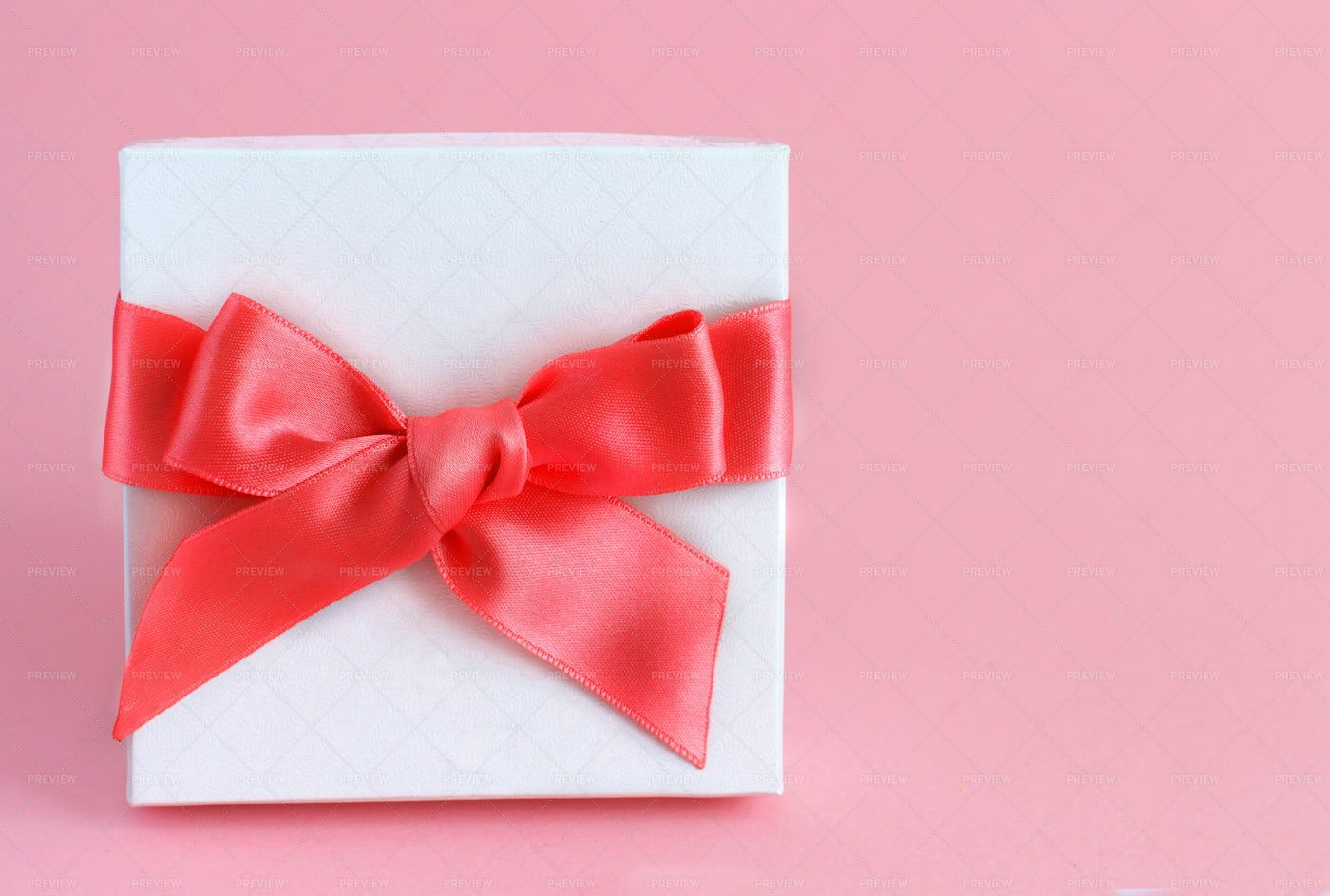 White Box WIth Pink Bow: Stock Photos