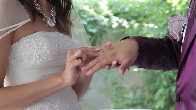 Ring For The Groom: Stock Video