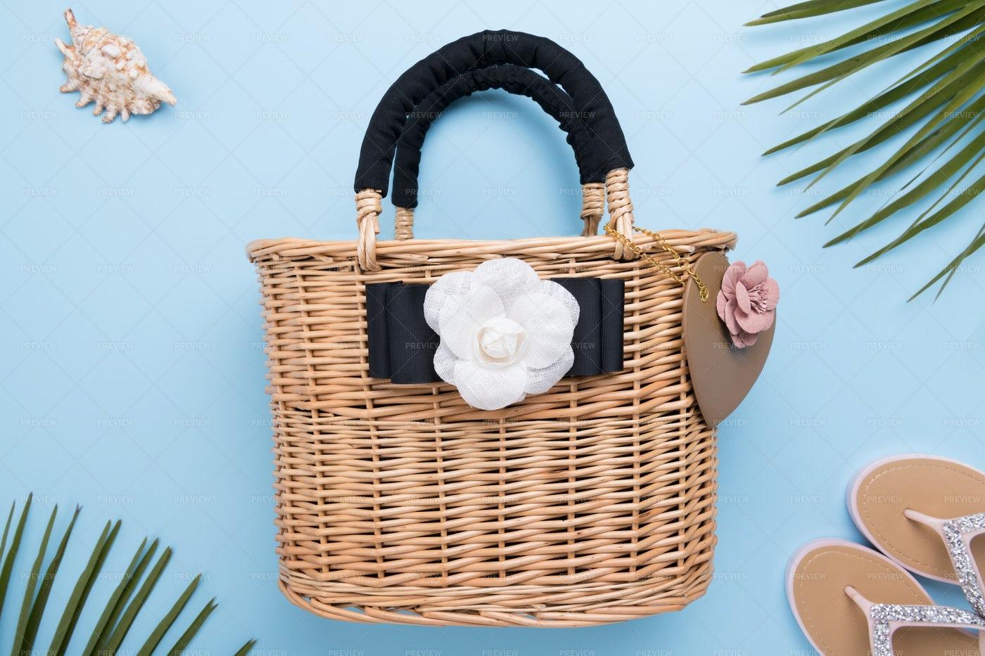 Wicker Beach Bag: Stock Photos