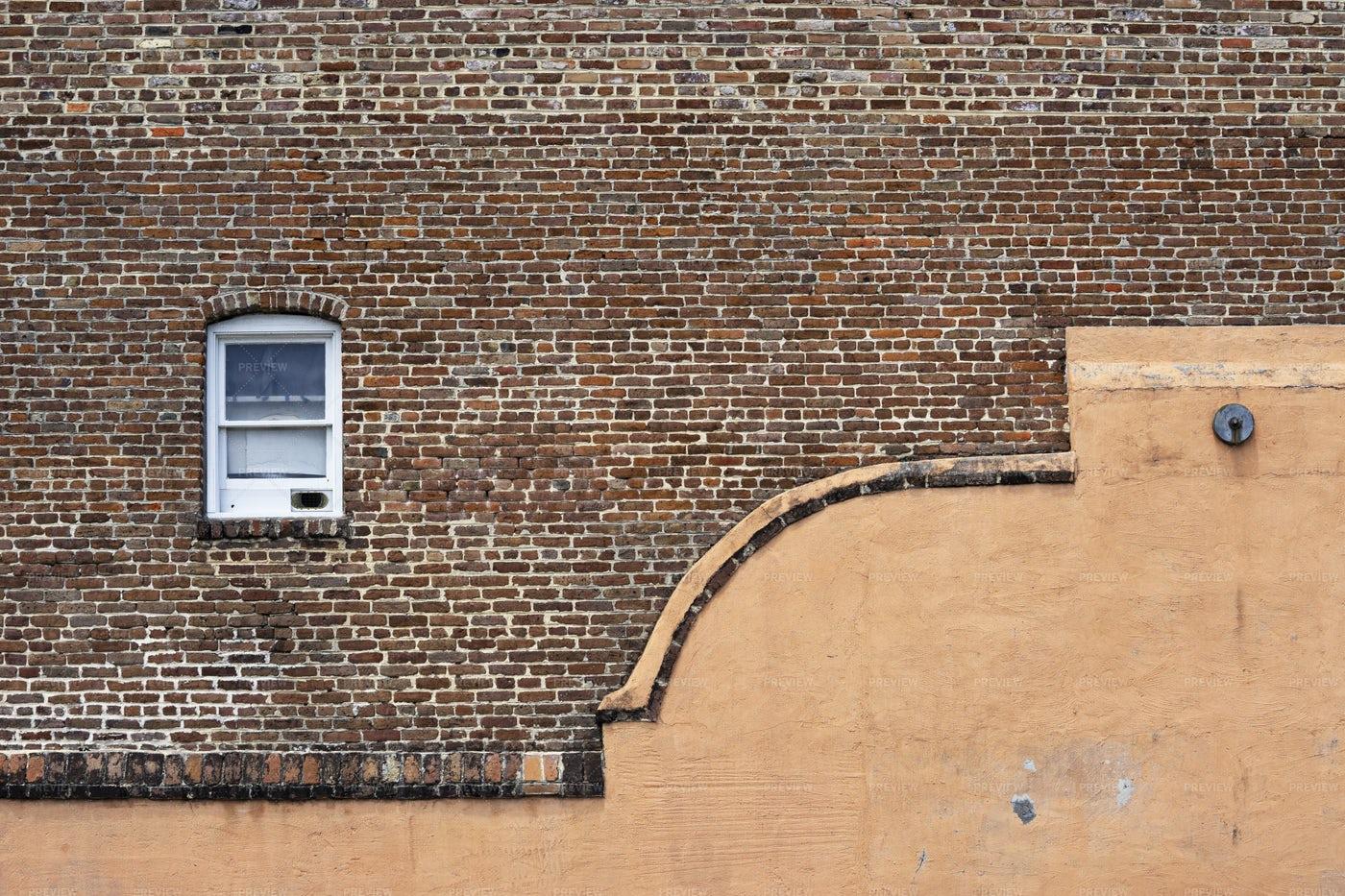 Vintage Brick Wall With Window: Stock Photos