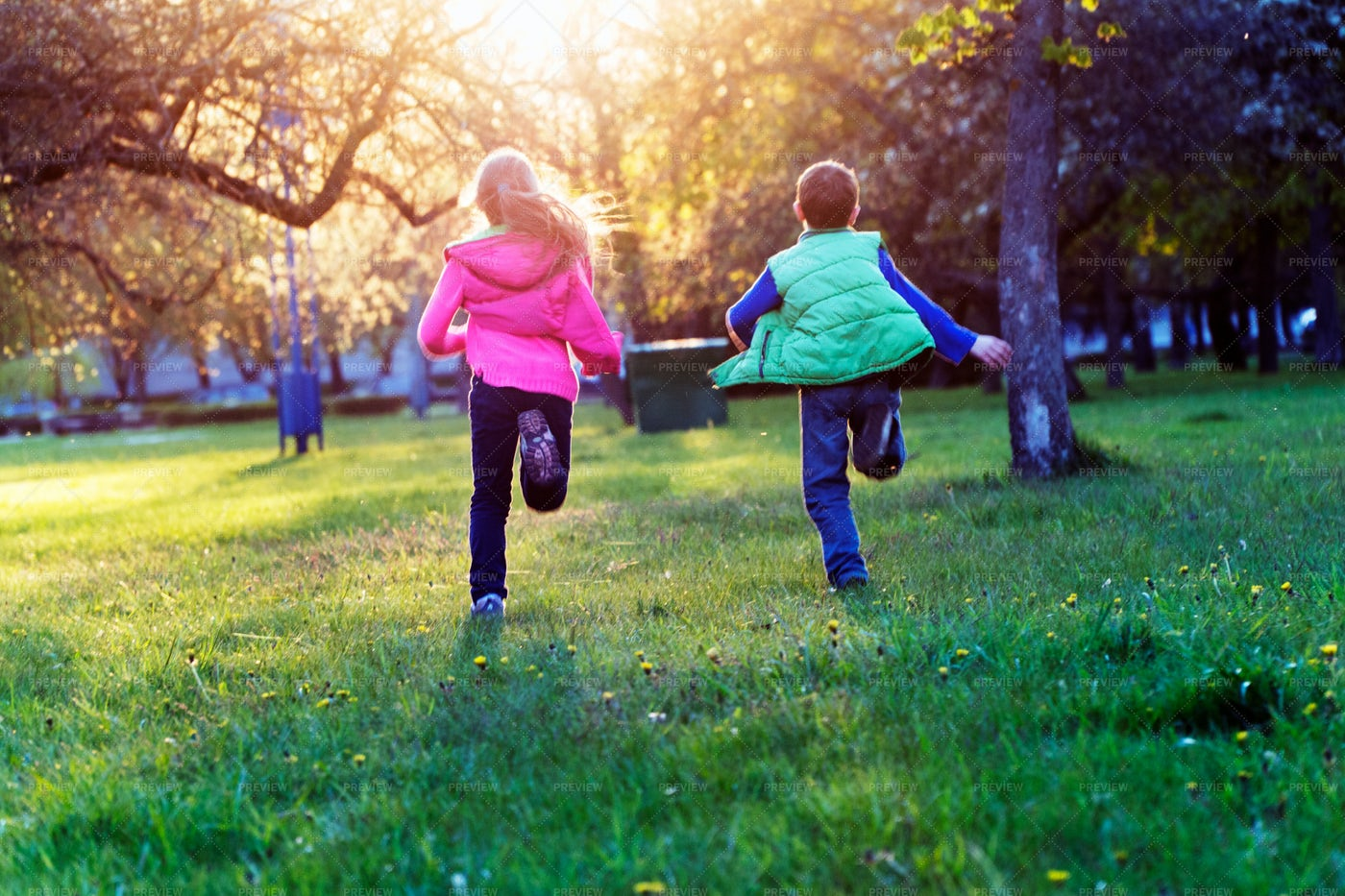 Running In The Park: Stock Photos