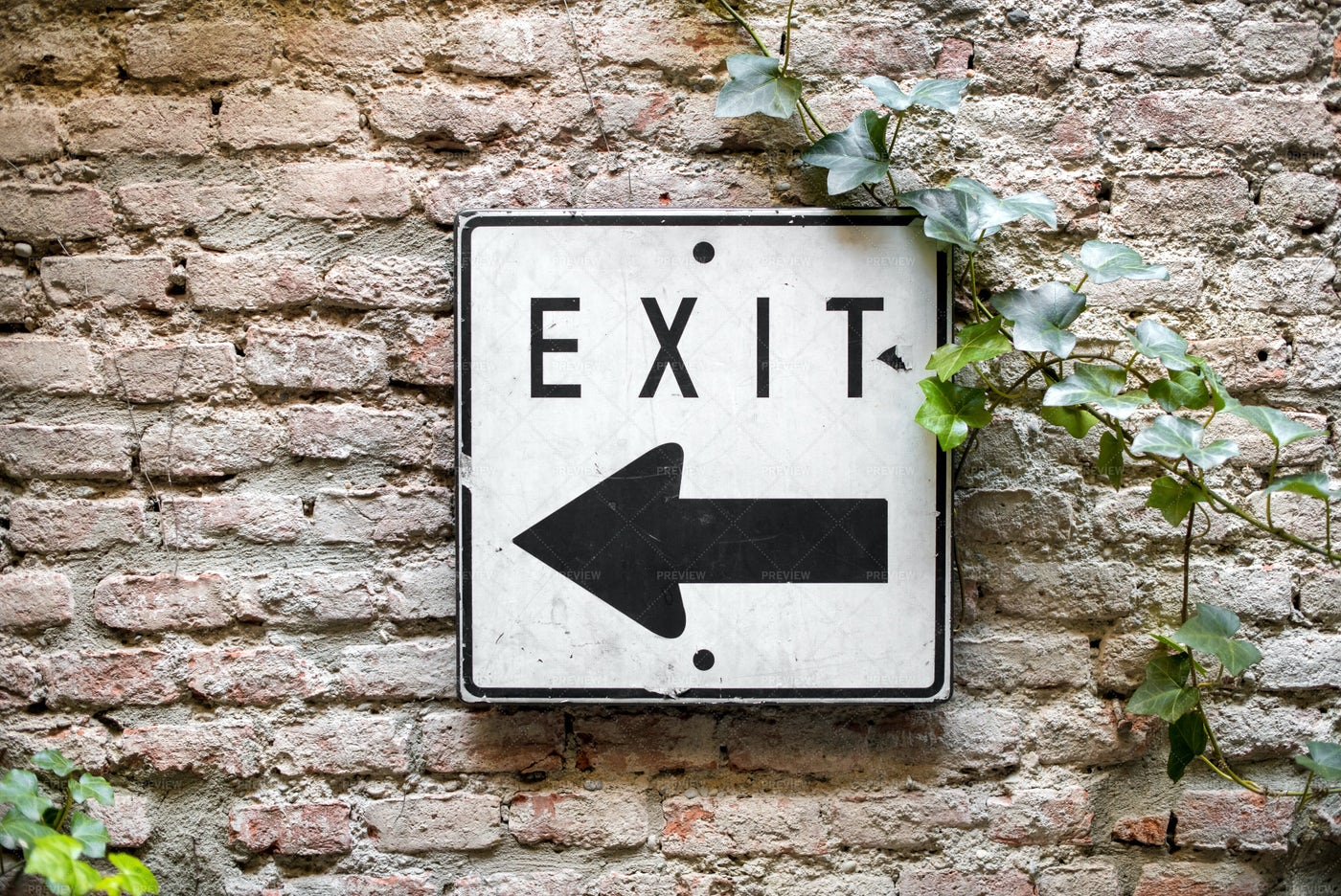 Exit Direction Sign: Stock Photos