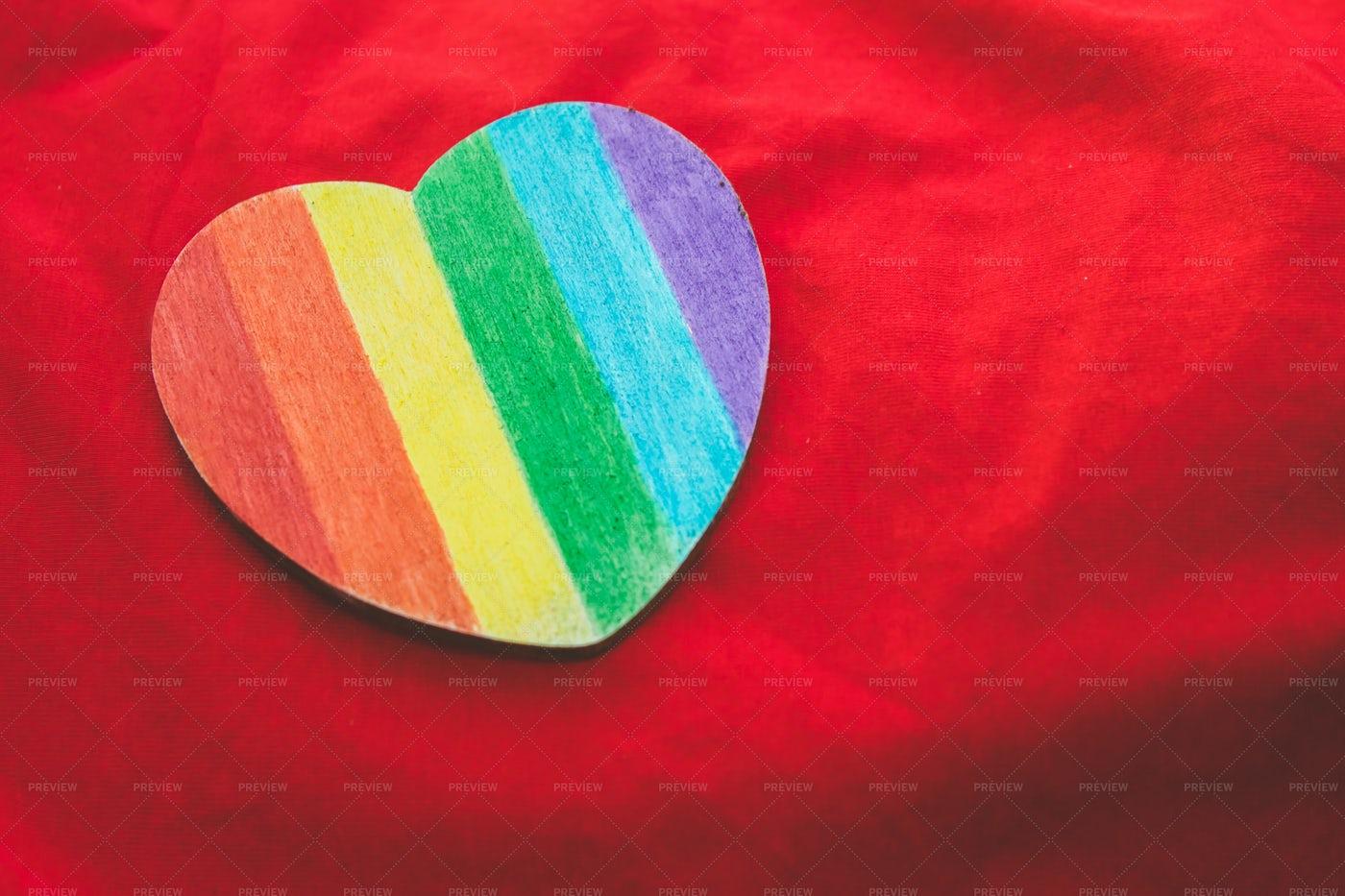 Rainbow Heart: Stock Photos
