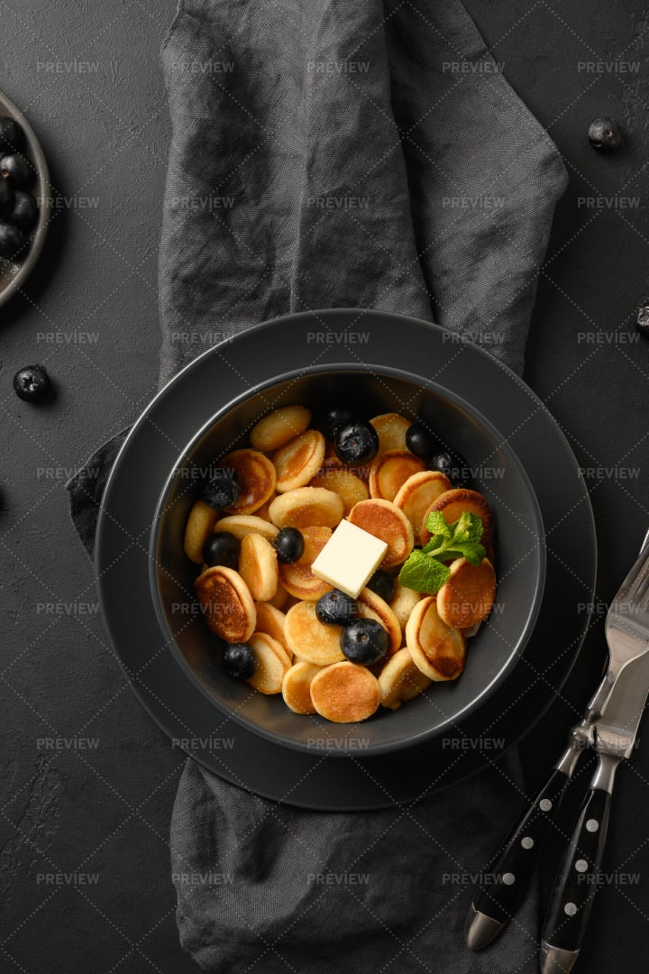 Mini Pancakes Breakfast: Stock Photos